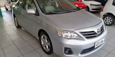 Corolla 1.8 gli autom tico prata 2012 1.jpg