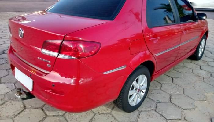 Siena 1.4 el vermelho 2011 5.jpg